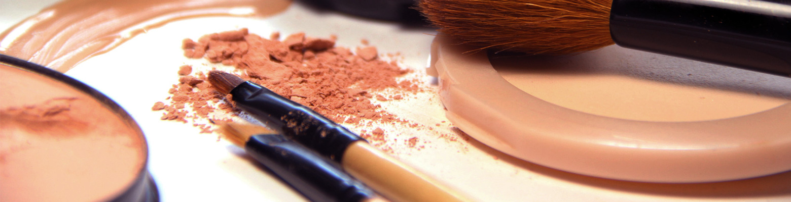 Konfekcja kosmetyki kolorowej